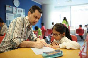 Read more about the article Etkin İngilizce Eğitimi Nasıl Olmalıdır?